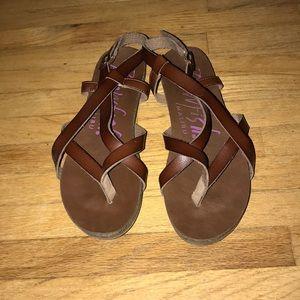 Sandals barely worn